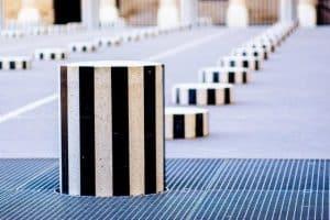 retractable concrete barriers